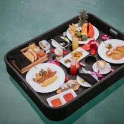 Floating Breakfast 1