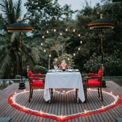 Romantic Diner 6