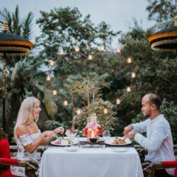Romantic Diner 8